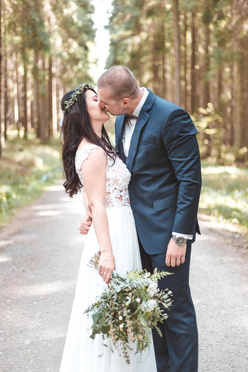 svatební fotky v lese